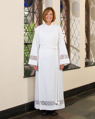 dupreme cassock-alb for women