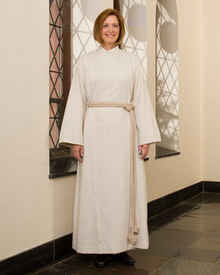 flax cassock-alb for women